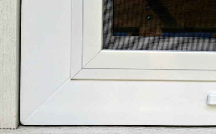Fixed Screens for Tilt Turn Windows | Innotech Windows + Doors